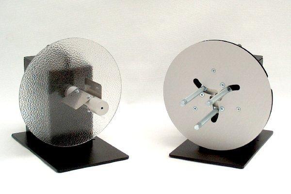 устройство для намотки самоклеющихся этикеток в рулон