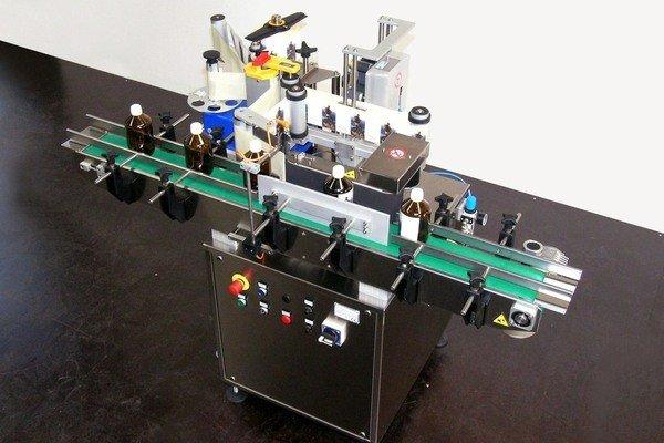 System 1 Twist для наклеювання етикеток на пляшки та банки