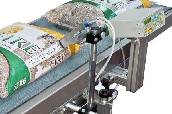 Крупносимвольный маркиратор Topjet для маркировки бумажных мешков