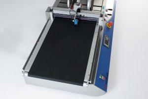 Ленточный конвейер системы маркировки udaFORMAXX